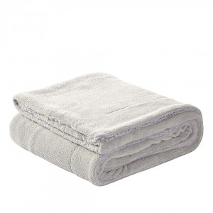 Couverture SHERPA PEARL GREY