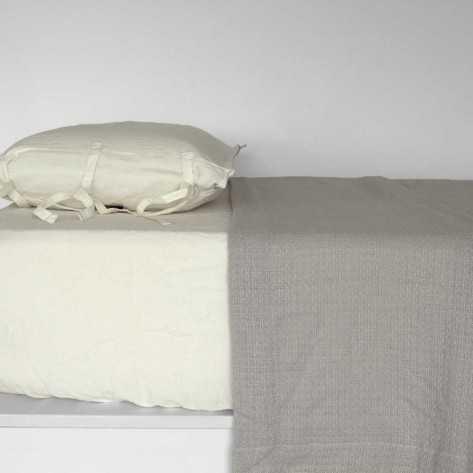 Colcha Pique Colmena perla 180x270 cama-90
