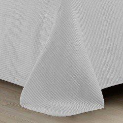 Colcha JACQUARD 240x270 BORDADO Gris Perla cama-135